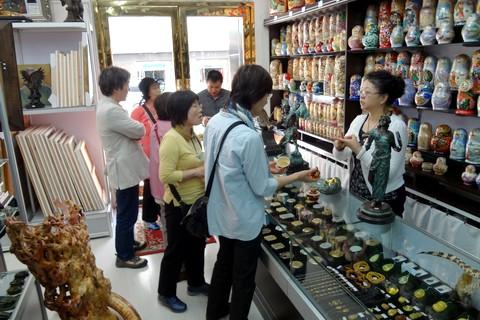 中国語教室学楽 ハルピン文化交流旅行 ロシア物産店